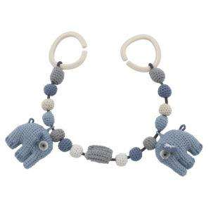 Sebra Häkel-Kinderwagenkette Fanto der Elefant blossom blue