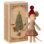 Maileg-Christmas-mouse-big-sister-Tausendschoen-Kindertraum.jpg